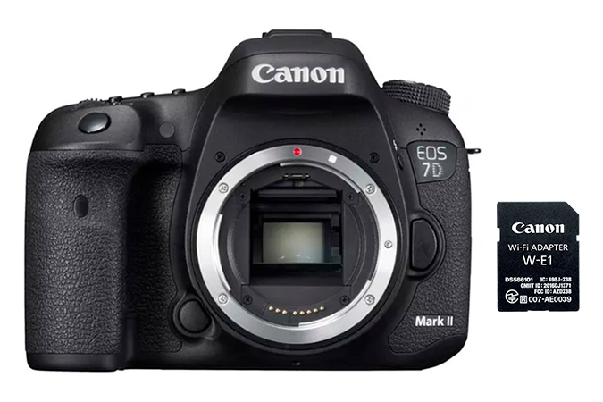 EOS 7D Mark II com Adaptador Wi-fi W-E1 view 1